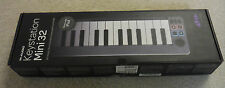 M-Audio Keystation Mini 32 Note Ultra Portable Keyboard Controller Works W/iPad