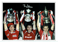 Bryan ROBSON SIGNED Manchester United Captain Autograph 16x12 Photo AFTAL COA