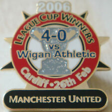 MANCHESTER UNITED v WIGAN ATHLETIC Victory Pins LEAGUE CUP Badge Danbury Mint