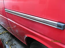 (2055) VW VOLKSWAGEN TRANSPORTER T4 SLIDING DOOR RUNNER CHANNEL  91 - 03