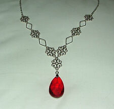 LACY FILIGREE VICTORIAN STYLE RICH RED GLASS CRYSTAL DARK SILVER PL NECKLACE