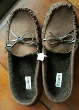 OLD NAVY MEN'S FLEECE LINED LOAFER SLIPPERS - BROWN, SIZE Medium for shoe 8-9