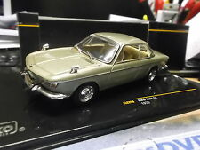BMW 2000 CS Coupe 1966 - 1970 met champagner CLC256  IXO NEU NEW 1:43