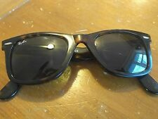 Ray-Ban wayfarer sunglasses- tortise 2140