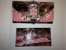 MONTANA WEST SHINY PINK CAMO BUCKLE WALLET WITH RHINESTONES - PINK ACCENTS