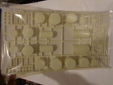 Walthers Cornerstone HO #933-3197 Industrial Tanks Set (Unpainted kit)
