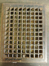 VINTAGE 1920S IRON HEATING GRATE SQUARE DESIGN 13.75 X 10.75 B