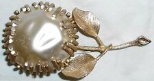 SARAH COVENTRY COV Vintage Gold Pearl Flower Pin Brooch Hapachico Haute Couture