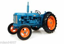 1958 Fordson Power Major Tractor 1:16 Die-Cast Universal Hobbies UH2640