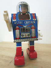 1960s ASTRO CAPTAIN - DAIYA (MEGO) NASA Tin Clockwork Astronaut Space Toy Japan