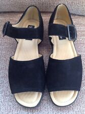 Ladies Sandals By Hush Puppies Size 5 Black BRAND NEW WITHOUT BOX