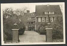 Dirksland  Ingang Ziekenhuis Bethesda (scheurtje middenboven)