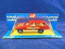 Extrêmement rare 1976 CORGI oursons R505 chef des pompiers voiture du bonnet rouge autocollant Flaming