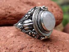 POISON RING 925 SILVER MOONSTONE UK SIZE R 1/ 2 * U.S 9 SILVERANDSOUL JEWELLERY