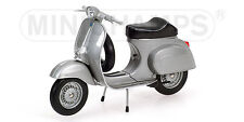 Vespa 50R 1972, 1/12th scale Minichamps 122129600