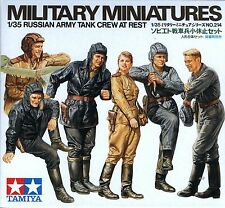 Tamiya 1/35 35214 WWII Russian Army Tank Crew at Rest (Military Miniatures)