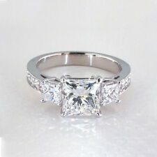 1.70 Cts VS2 H Vintage Three Stone Solitaire Diamond Engagement Ring 18K Gold