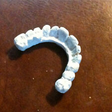Resident Evil, Milla Jovovich, Prop Zombie Teeth, Very Cool Must Have Piece