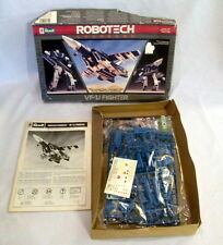 Revell Robotech Changers VF-1J Fighter 1/100 Scale Parts Sealed New
