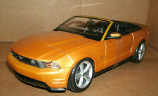 1/18 Ford Mustang GT Diecast Model - 2010 Convertible Sports Car - Maisto 31158