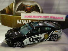 Batman v Superman '11 CHARGER R/T✰Black✰Gotham PD Police✰2016 Hot Wheels loose