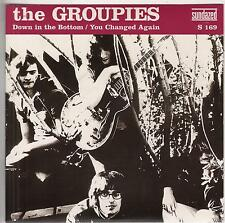 THE GROUPIES Down In The Bottom M- 45 RPM P/C M-