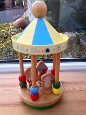 In The Night Garden Toy Figure - Wooden Spinning Carousel & Figures Toy - Rare!!