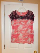 """NEW """"I-NER"""" WOMEN'S CASUAL TOP SIZE 1X COLOR RED-WHITE BLACK LACE ROUND NECK USA"""