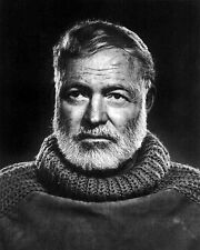 ERNEST HEMINGWAY AMERICAN AUTHOR JOURNALIST 8X10 GLOSSY PHOTO PICTURE