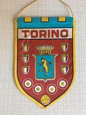 GAGLIARDETTO UFFICIALE CALCIO TORINO ANNI' 60 CON SCUDETTI COCCARDE COPPA ITALIA