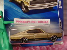 2010 i Hot Wheels '67 DODGE CHARGER 1967 #93∞Gold; Pink Window∞ Muscle Mania
