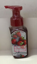 NEW! BATH & BODY WORKS GENTLE FOAMING HAND WASH SOAP - STRAWBERRY VANILLA SUGAR