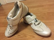 Geox Respira ladies shoes.  Wedge heel White And Gold colour size 38 Uk 5