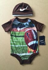 NIKE 2 Piece Bodysuit & Hat Set Age 6-9 Months BNWT - American Football