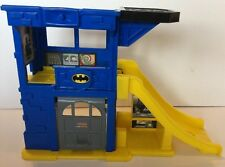 Batman Batcave DC Super Friends Playset Toy Fisher Price Little People 2008