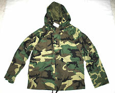 NWT US MILITARY ECWCS GORE TEX COLD WEATHER WOODLAND CAMO PARKA - MEDIUM REGULAR