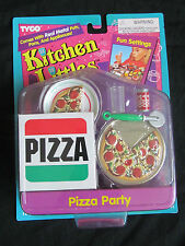 BRAND NEW 1995 BARBIE TYCO KITCHEN LITTLES PIZZA PARTY FUN SETTINGS