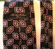 Brooks Brothers Men's Necktie Tie Black Red Burgundy White Silk