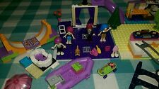 3.5 lb lot  LEGO Friends/Girl Lot- Minifigs, Accessories, over 700 pieces