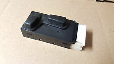 1997-2005 Buick Park Avenue driver powered SEAT switch 25623714