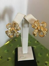 NICE Vintage Signed TRIFARI  Rhinestone Clip on BOW Design Earrings