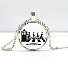 NEW British Beatles pendant wonderful necklace holiday Lover Necklace DD +399