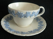 WEDGEWOOD EMBOSSED QUEENSWARE OF ETRURIA & BARCASTON WHITE WITH BLUE LEAVES N