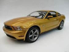 Ford Mustang GT  2010  in gold  Limitiert  Greenlight  1:18  OVP  NEU