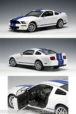 2005 Ford Mustang SHELBY GT500 Cobra White AutoShow 1:18 Scale AUTOart 3000made