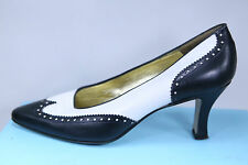 Women's Escada Two-Tone Black/White Pumps/Heels Size 7 Italy Wingtip Style