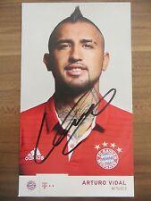 Handsignierte AK Autogrammkarte *ARTURO VIDAL* FC Bayern München 16/17 2016/2017