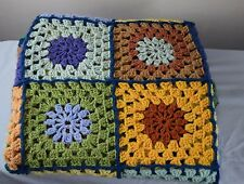 Vintage style cottage fait main tricot crocheted squares blanket throw