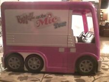 Bratz ON THE MIC Tour Bus doll RV Camper Passion 4 Fashion Furniture Seats lot