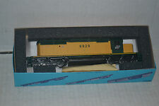Athearn 4427 Chicago & North Western SD40-2  powered locomotive Ho Scale kit